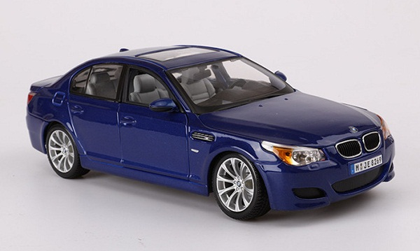 โมเดลรถ โมเดลรถเหล็ก โมเดลรถยนต์ BMW M5 blue 1