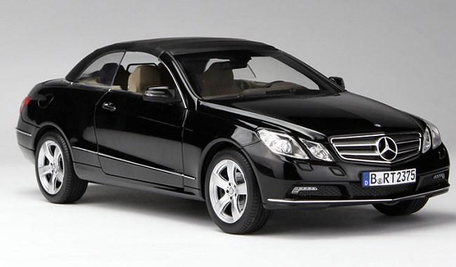 โมเดลรถ โมเดลรถเหล็ก โมเดลรถยนต์ Benz E Class E500 black 1
