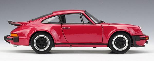 โมเดลรถยนต์ โมเดลรถเหล็ก porsche 911 turbo red 3