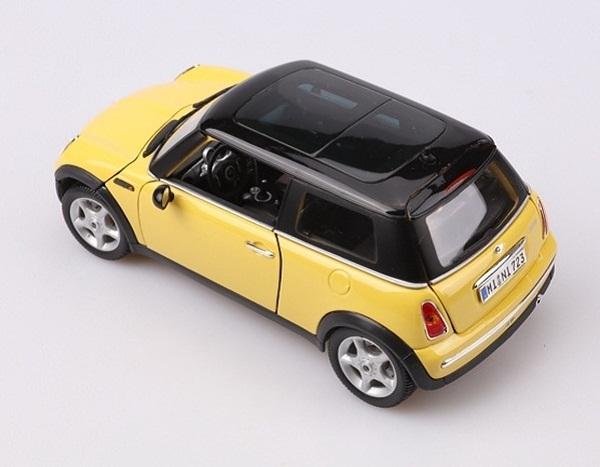 โมเดลรถ โมเดลรถเหล็ก โมเดลรถยนต์ BMW Mini Sun Roof yellow 4