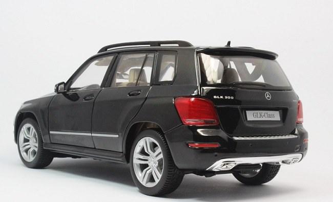 โมเดลรถ โมเดลรถเหล็ก โมเดลรถยนต์ Benz GLK 300 black 3
