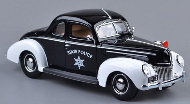 โมเดลรถ โมเดลรถเหล็ก โมเดลรถยนต์ Ford 1939 police 2