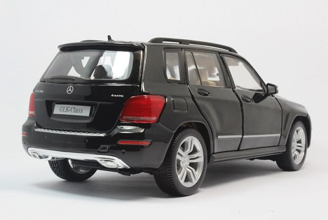 โมเดลรถ โมเดลรถเหล็ก โมเดลรถยนต์ Benz GLK 300 black 4