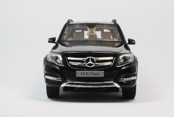 โมเดลรถ โมเดลรถเหล็ก โมเดลรถยนต์ Benz GLK 300 black 5