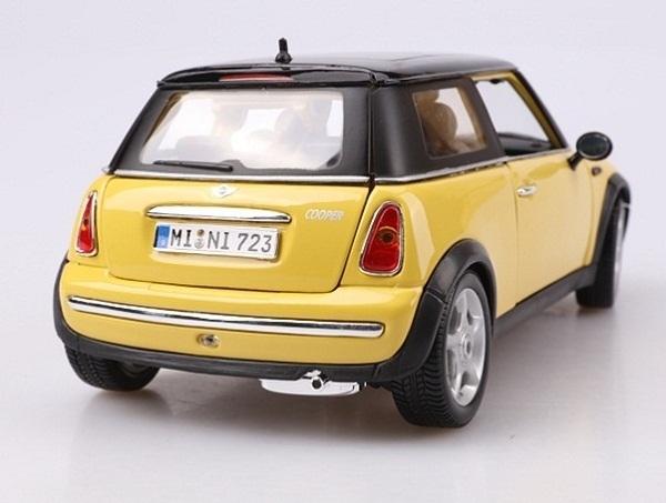 โมเดลรถ โมเดลรถเหล็ก โมเดลรถยนต์ BMW Mini Sun Roof yellow 3