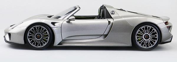 โมเดลรถ โมเดลรถเหล็ก โมเดลรถยนต์ Porsche 918 silver 3