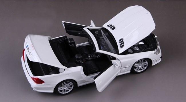 โมเดลรถ โมเดลรถเหล็ก โมเดลรถยนต์ Benz SL 63 amg white 5