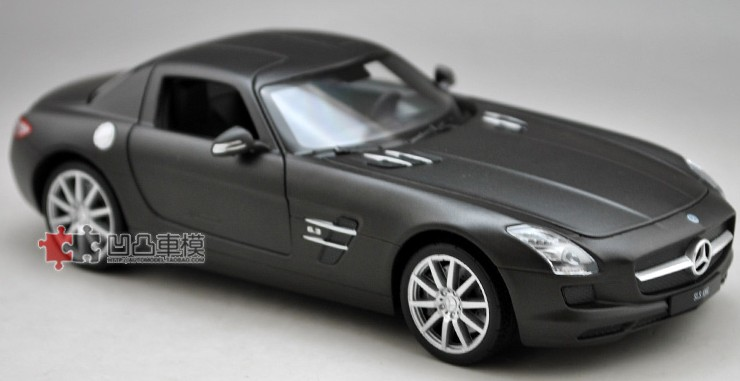 โมเดลรถ โมเดลรถยนต์ โมเดลรถเหล็ก sls amg matte black 1