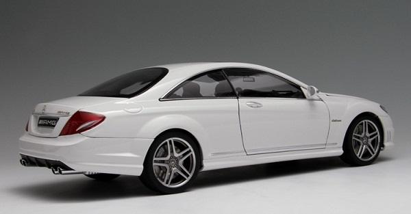 โมเดลรถ โมเดลรถเหล็ก โมเดลรถยนต์ Benz CL63 AMG white 2