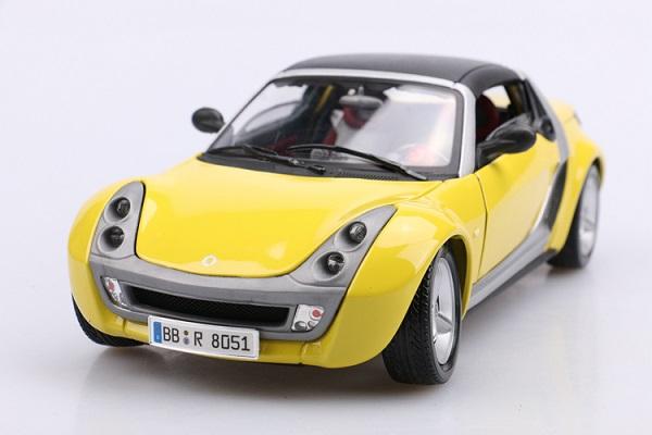 โมเดลรถ โมเดลรถเหล็ก โมเดลรถยนต์ Benz Smart yellow 1