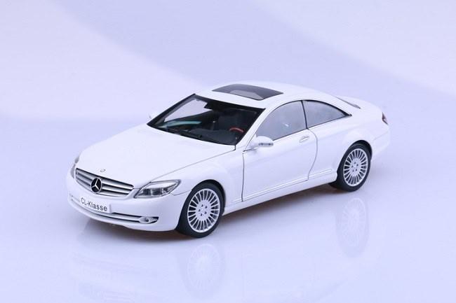 โมเดลรถ โมเดลรถเหล็ก โมเดลรถยนต์ Benz CL Class White 2