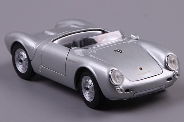 โมเดลรถ โมเดลรถเหล็ก โมเดลรถยนต์ Porsche 550A Spyder silver 2