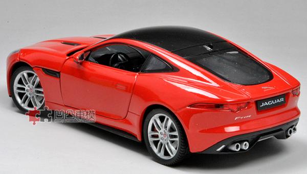 โมเดลรถยนต์ โมเดลรถเหล็ก Jaguar F-Type red 3