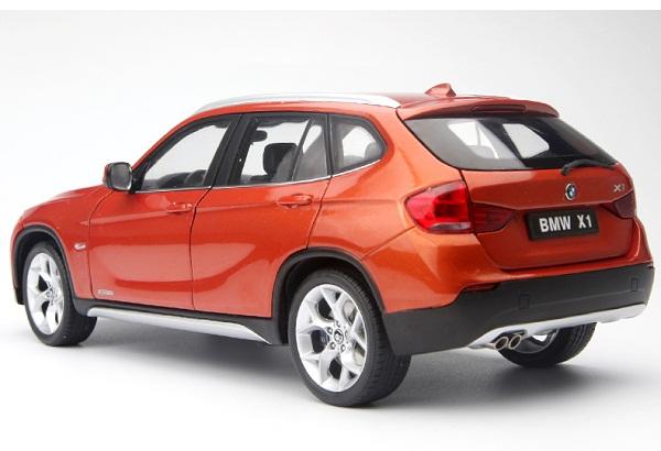 โมเดลรถ โมเดลรถเหล็ก โมเดลรถยนต์ BMW X1 Drive 28I orange 2