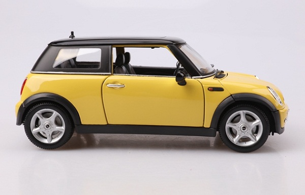 โมเดลรถ โมเดลรถเหล็ก โมเดลรถยนต์ BMW Mini Sun Roof yellow 5