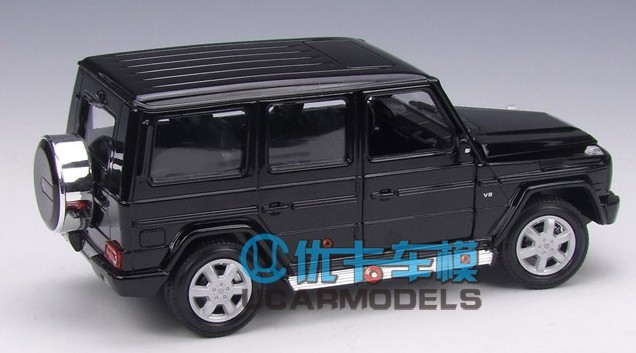 Benz G500 ดำ 3