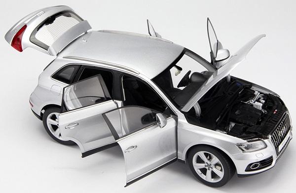 โมเดลรถ โมเดลรถเหล็ก โมเดลรถยนต์ Audi Q5 SUV silver 3