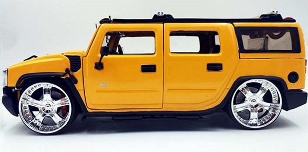 โมเดลรถเหล็ก โมเดลรถยนต์ Hummer H2 yelllow 2