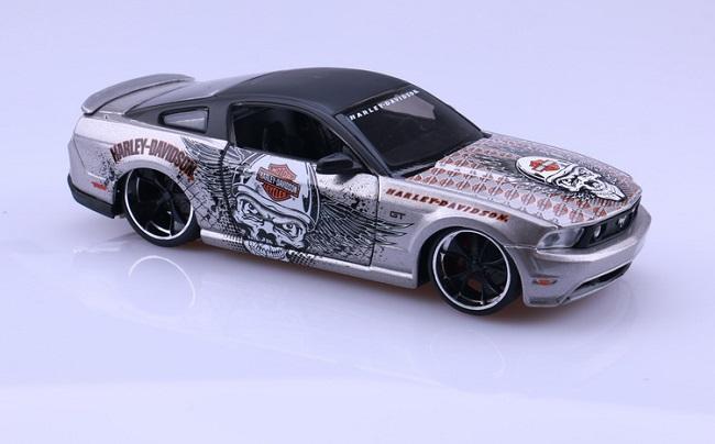 โมเดลรถ รถเหล็ก โมเดลรถเหล็ก โมเดลรถยนต์ Ford Mustang 2011 2