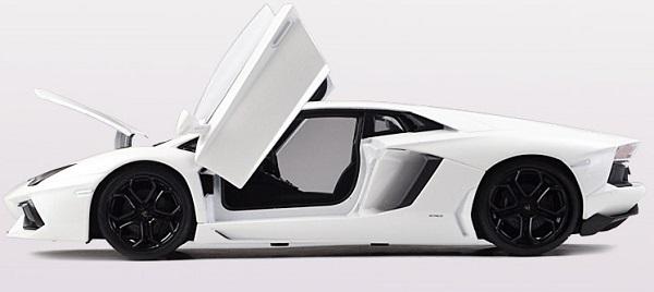 โมเดลรถ โมเดลรถยนต์ โมเดลรถเหล็ก Lamborghini lp700-4 white 6