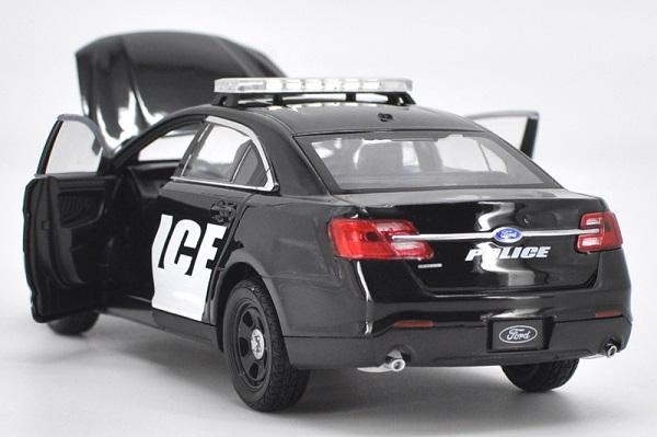 โมเดลรถยนต์ โมเดลรถเหล็ก Ford ตำรวจ 5