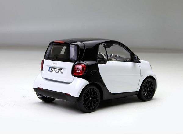 โมเดลรถ โมเดลรถเหล็ก โมเดลรถยนต์ Benz Smart white 2