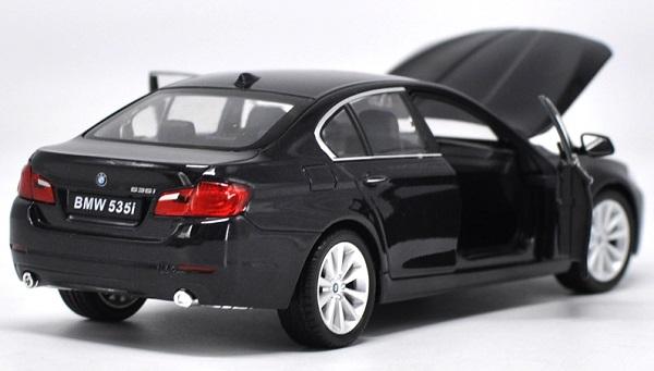 โมเดลรถ โมเดลรถยนต์ โมเดลรถเหล็ก bmw 535i black 4