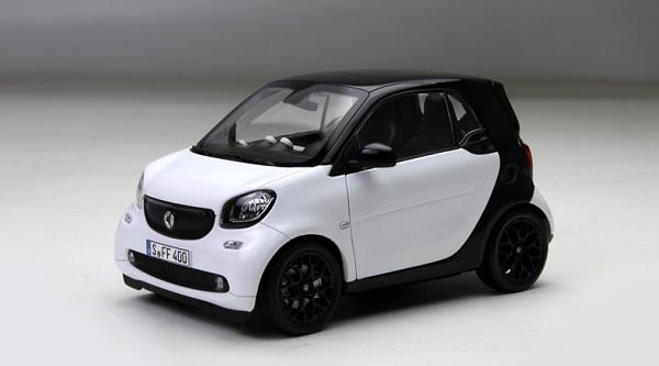โมเดลรถ โมเดลรถเหล็ก โมเดลรถยนต์ Benz Smart white 1