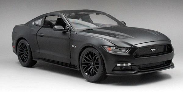 โมเดลรถ โมเดลรถเหล็ก โมเดลรถยนต์ Ford Mustang 2015 ดำด้าน 1