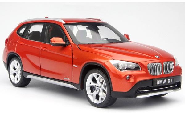 โมเดลรถ โมเดลรถเหล็ก โมเดลรถยนต์ BMW X1 Drive 28I orange 1