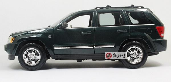 โมเดลรถ โมเดลรถเหล็ก โมเดลรถยนต์ Jeep Grand Cherokee green 3