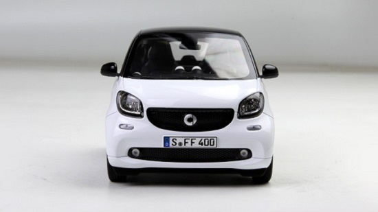 โมเดลรถ โมเดลรถเหล็ก โมเดลรถยนต์ Benz Smart white 4
